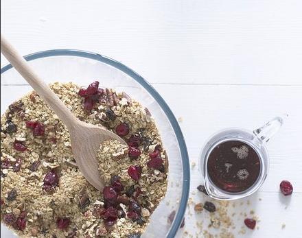 cranberry-granola
