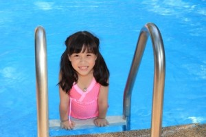 girl-in-pool
